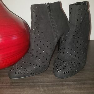 3/25$Call it spring black ankle booties fa…